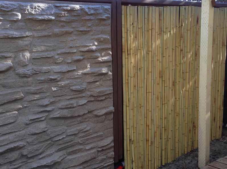 Rotaitonally molded fence design